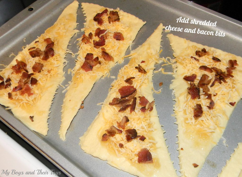 crescent rolls with cheese and bacon