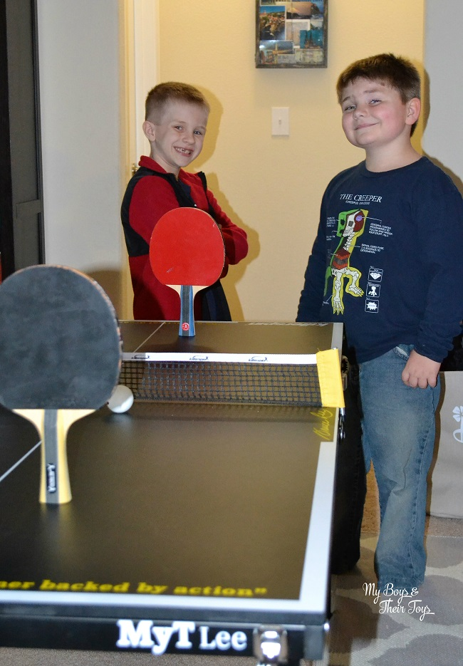 Kids ping pong table