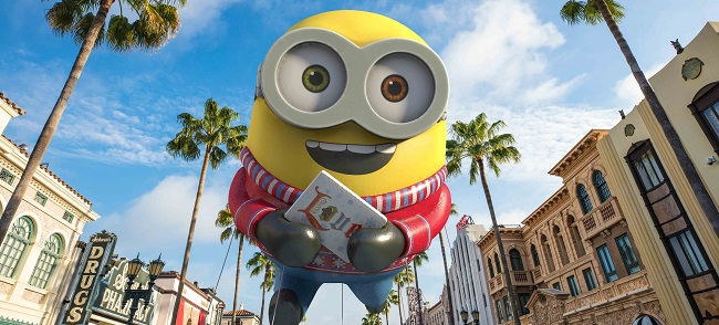 holidays at universal minion float