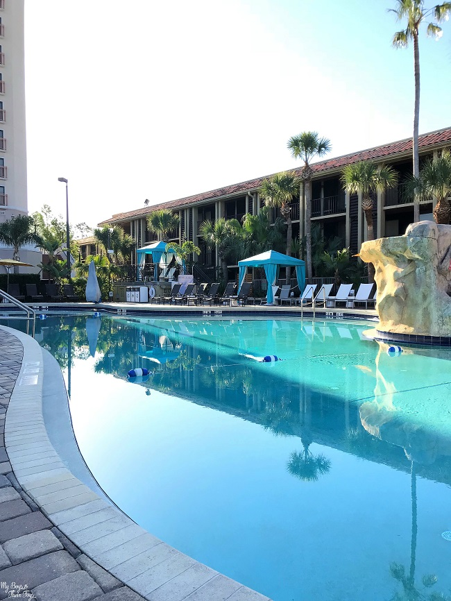 doubletree pool